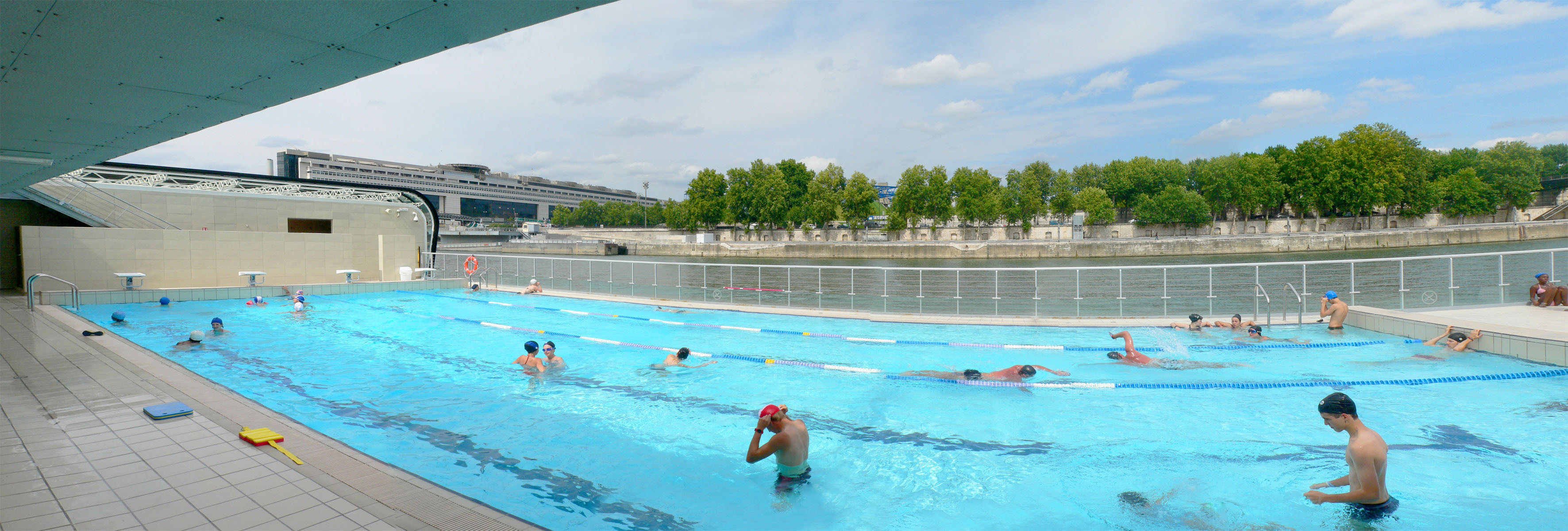 Piscine jos phine baker for Aquagym piscine paris